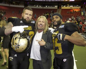 Motley Crue Frontman Vince Neil With Some of His Outlaws!